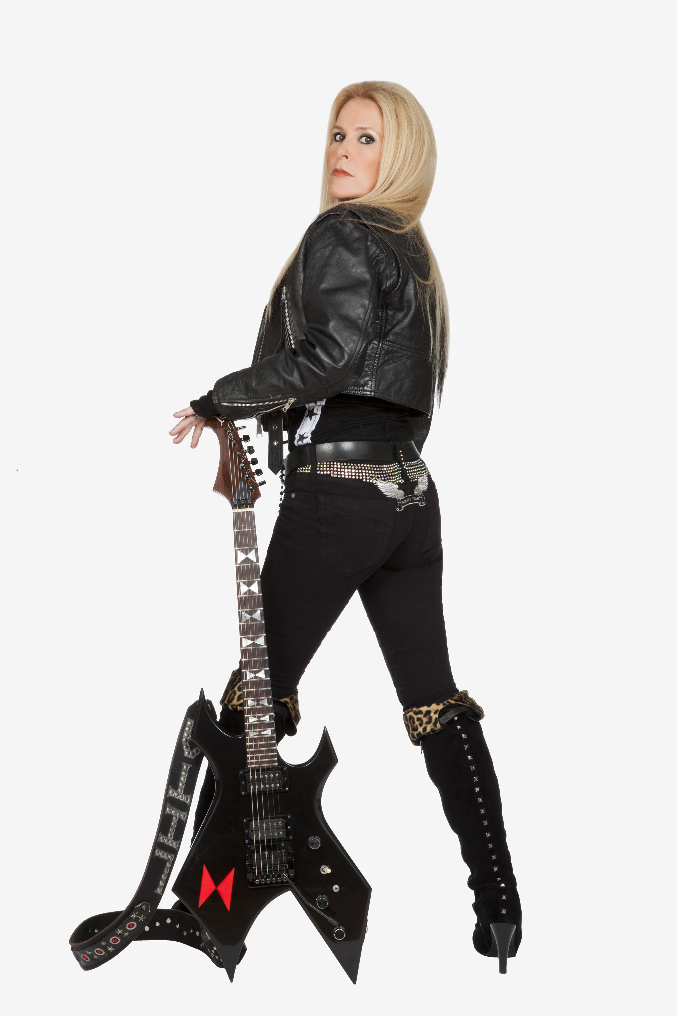 Living Like A Runaway- An Interview With Lita Ford On ... Taylor Momsen Interview